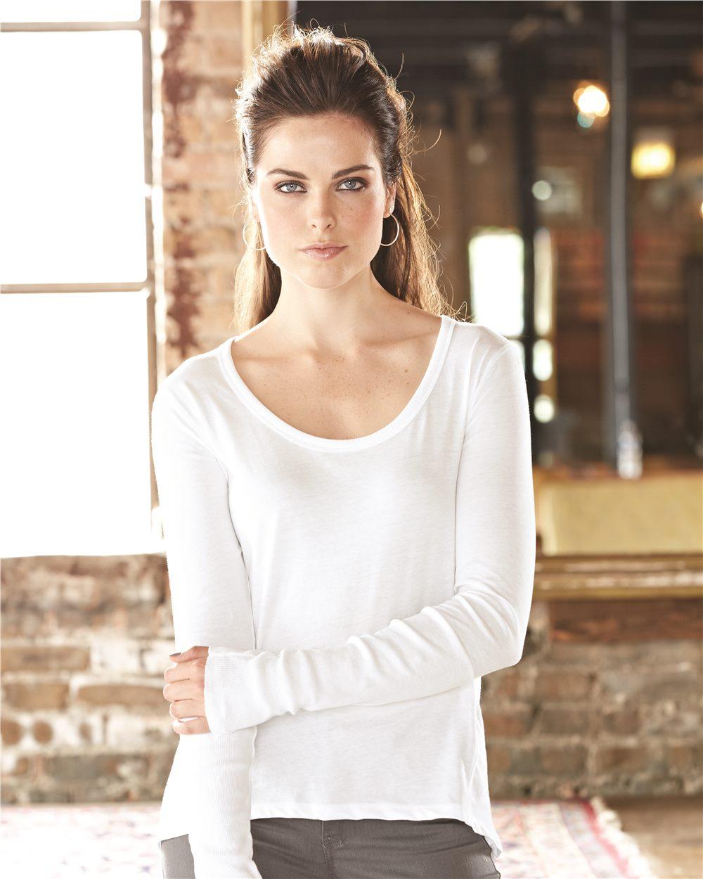 Alternative 12528 - Women's Satin Jersey Scoopneck Long Sleeve T Shirt